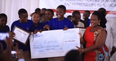 Elèves entrepreneurs au Rwanda