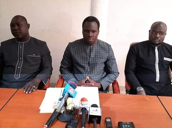 Présidium conférence de presse