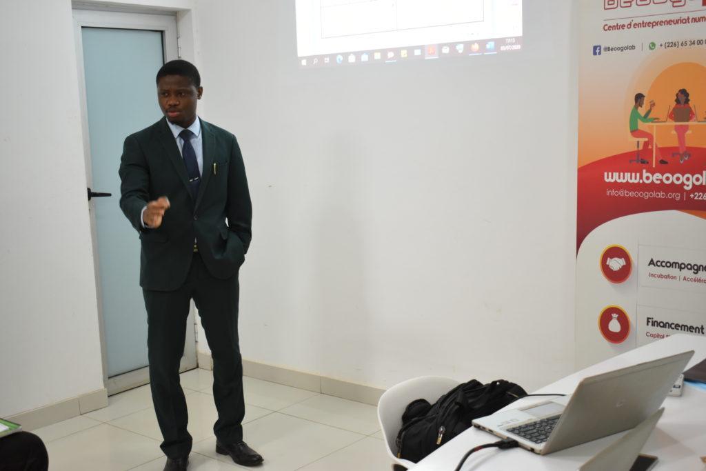 Mahamadī Rouamba Directeur général de la startup studio BeoogLAB, formateur du jour