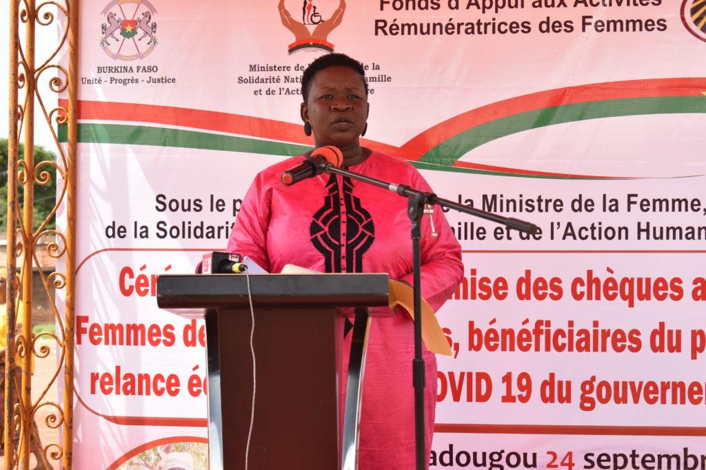 Dorcas Tiendrébéogo, directrice générale du FAARF