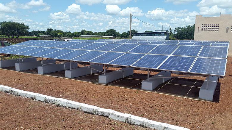 Togo: Acquisition de 314 systèmes photovoltaïques